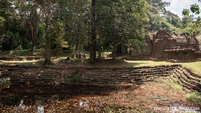 Храмы времён империи Ангкора в Таиланде