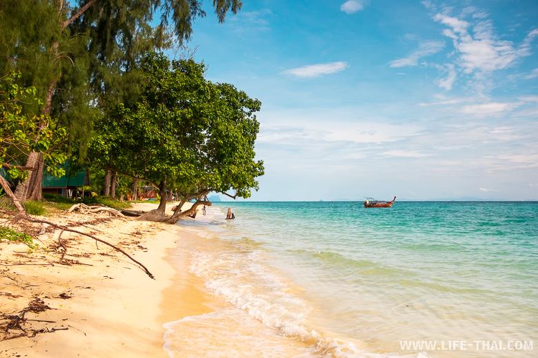 Главный пляж острова ко Нгай