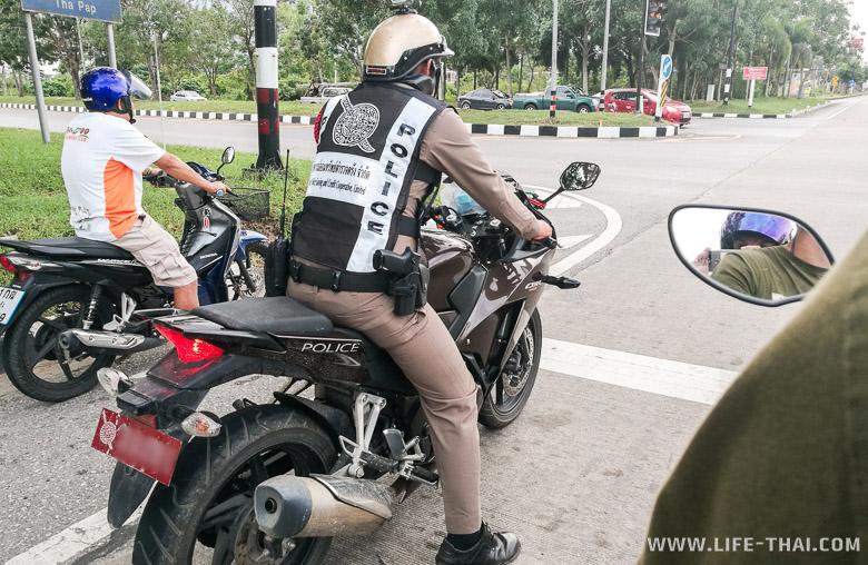 Полиция на дорогах Транга