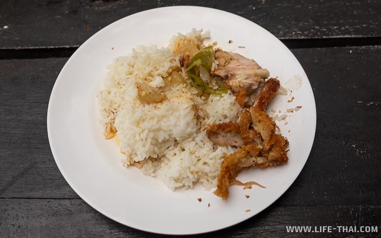 Скромный обед в Таиланде