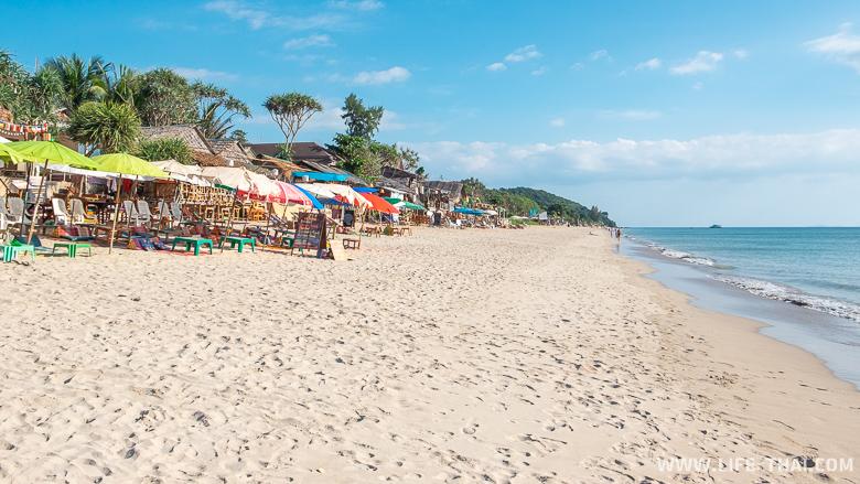 Хороший пляж для отдыха на ко Ланте