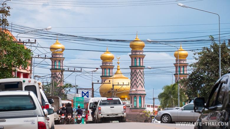 Мечеть в Ао Нанге, Краби