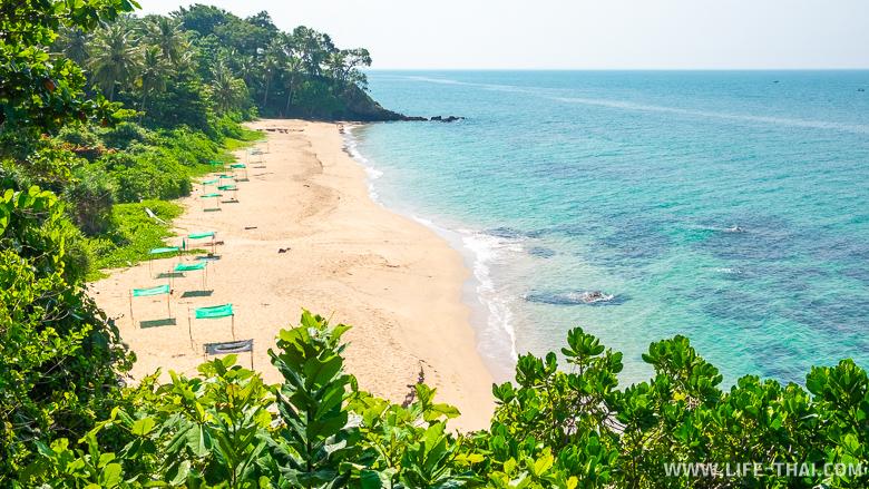 Хороший для купания пляж Нуй Бич на ко Ланте