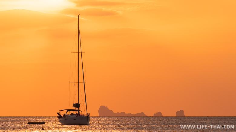 Закат на пляже Бакантианг, ко Ланта