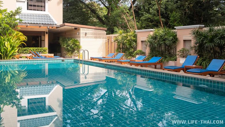 Бассейн в отеле Sakulchai Place в Чиангмае