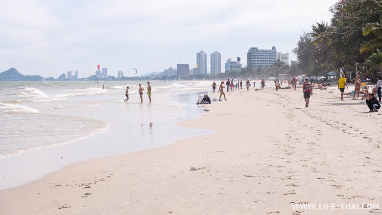 Главный городской пляж Хуа Хина