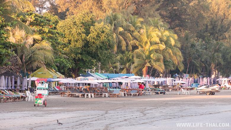 Пляж Такиаб в Хуа Хине