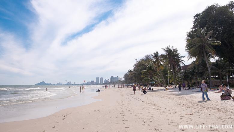 Белый песок и пальмы