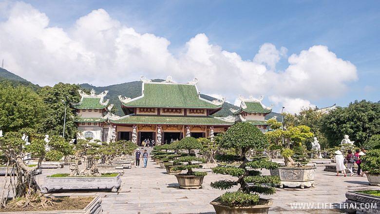 Храм Chua Linh Ung в Дананге