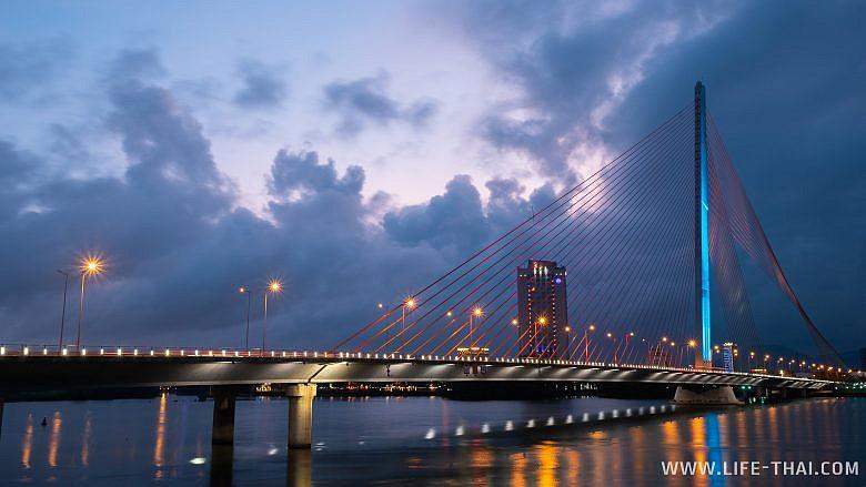 Мост-парус в Дананге - достопримечательности города