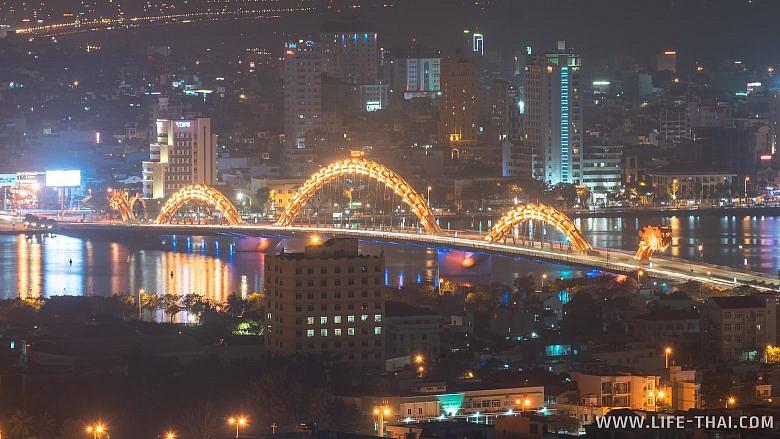 Мост с Драконом - главная достопримечательность Дананга