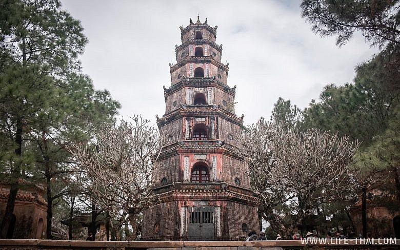 Достопримпечательность Хюэ - пагода