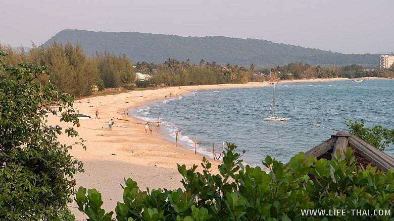 Пляж Кую Кан бич на Фукуоке