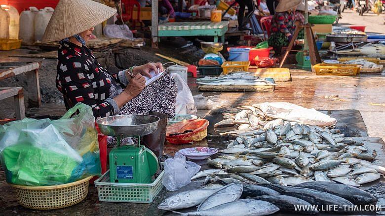 Рынок морепродуктов на Фукуоке