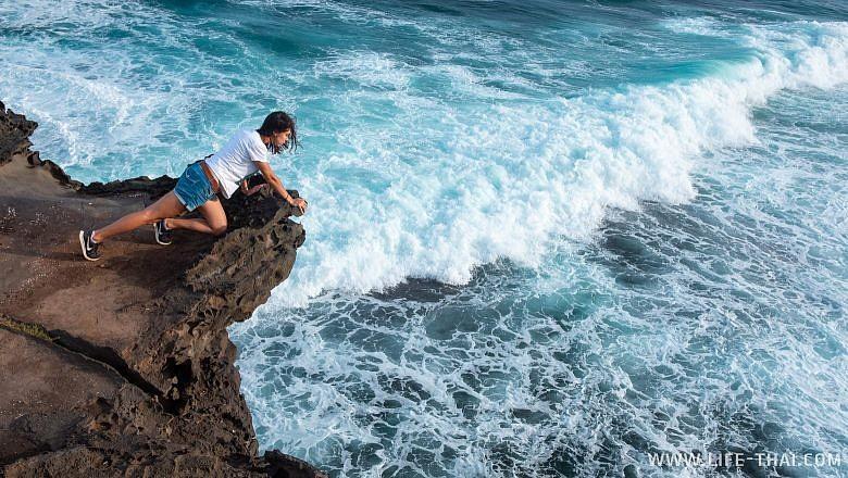 Пляжи Маврикия с сильными волнами
