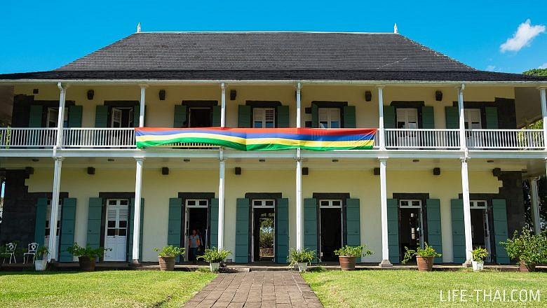 Вилла колониальных времен в саде Памплемус, Маврикий
