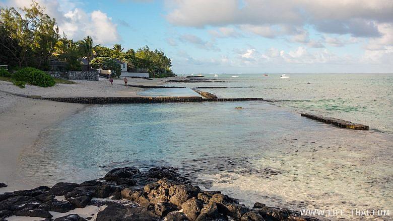 Отдых на пляже Блю Бей на Маврикии