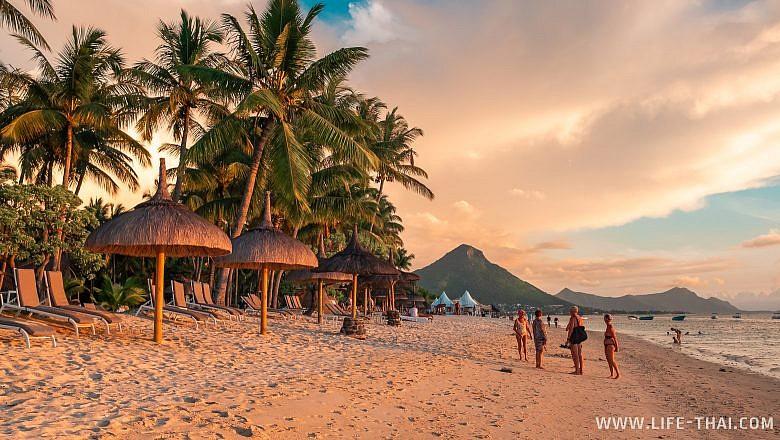 Пляж Флик-н-Флак - один из лучших на Маврикии