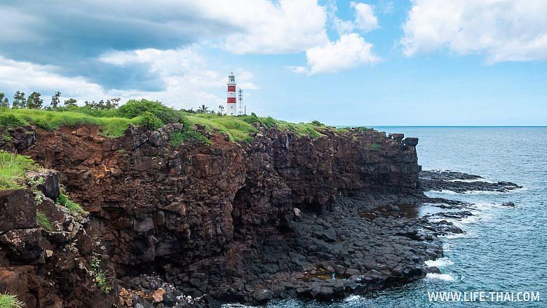 Маяк Альбион - одна из достопримечательностей Маврикия