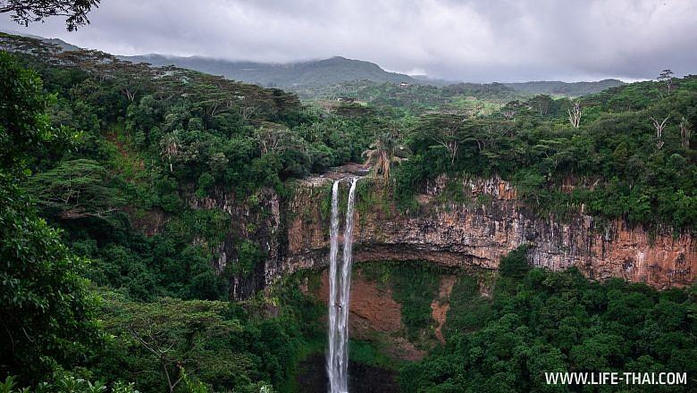 Водопад Шамарель на Маврикии