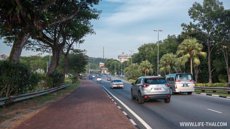 Дороги и движение в Брунее