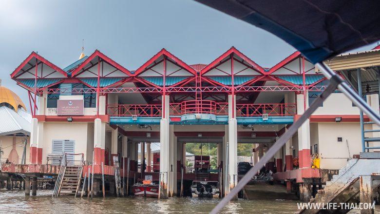 Пожарная станция в Брунее
