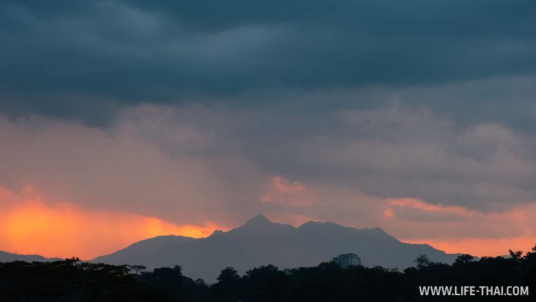 Закат в Кучинге, Малайзия