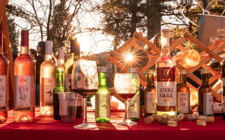 Фестиваль вина и уклейки в Вирпазаре на озере Шкодер