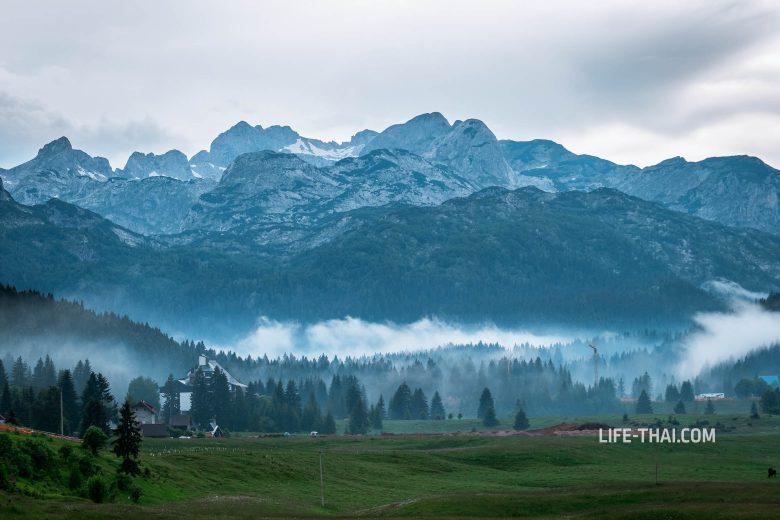 Нац. парк Дурмитор в Черногории - это горы со снегом даже в июне