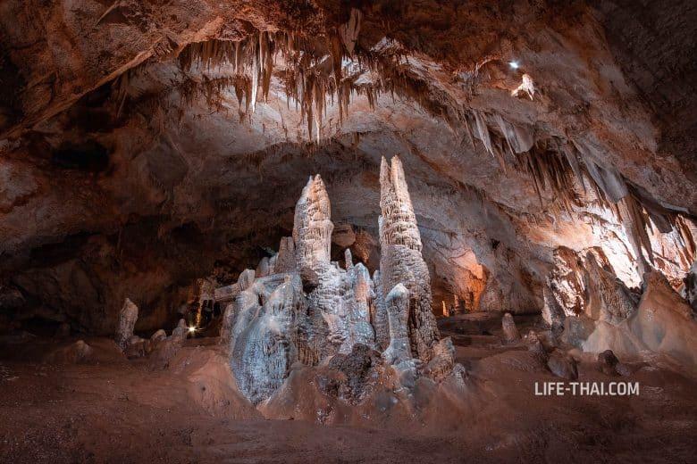 Стоит ли ехать в Липскую пещеру в Черногории