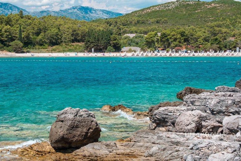 Пляж Плави Горизонти в Черногории