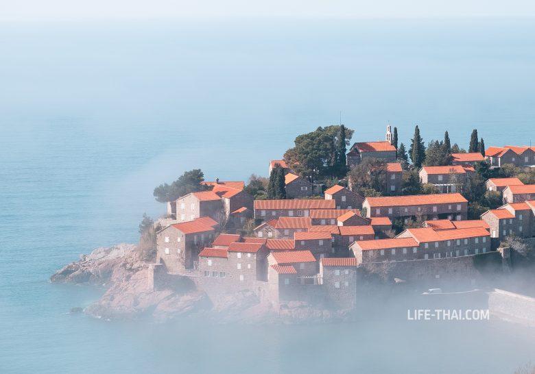 Адвективный туман в Черногории